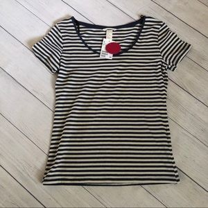 🆕🆑3/$12🆑 H & M Basic Striped Top